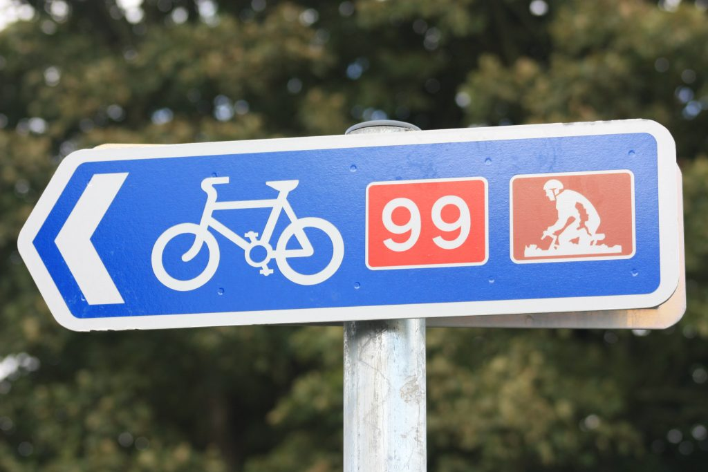 Cycle_sign,_August_2009